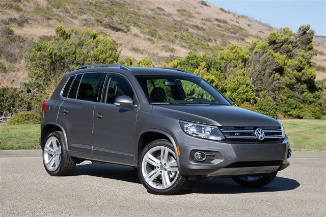 2017 volkswagen tiguan vw review ratings specs prices. Black Bedroom Furniture Sets. Home Design Ideas