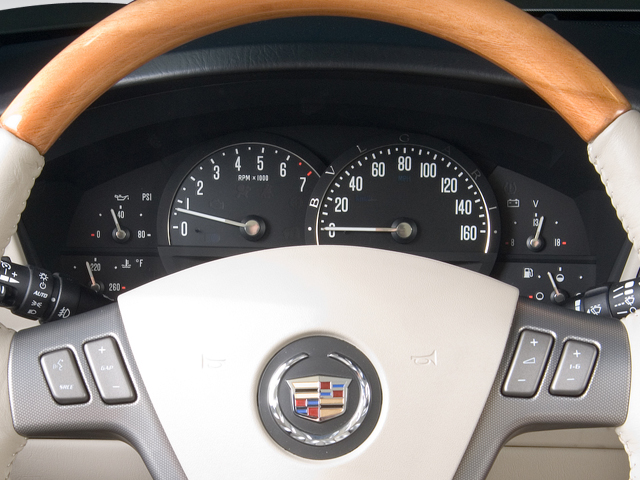 Image: 2008 Cadillac XLR 2-door Convertible Instrument ...