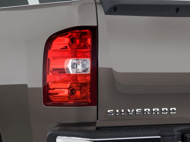 Tail Light - 2008 Chevrolet Silverado 1500 2WD Ext Cab 143.5