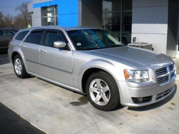 2008 Dodge Magnum used car