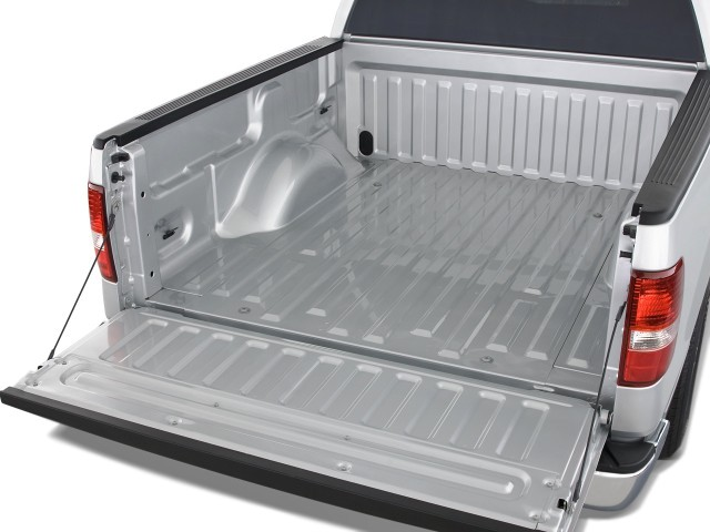 "2008 Ford F-150 2WD SuperCrew 139"" XLT Trunk"