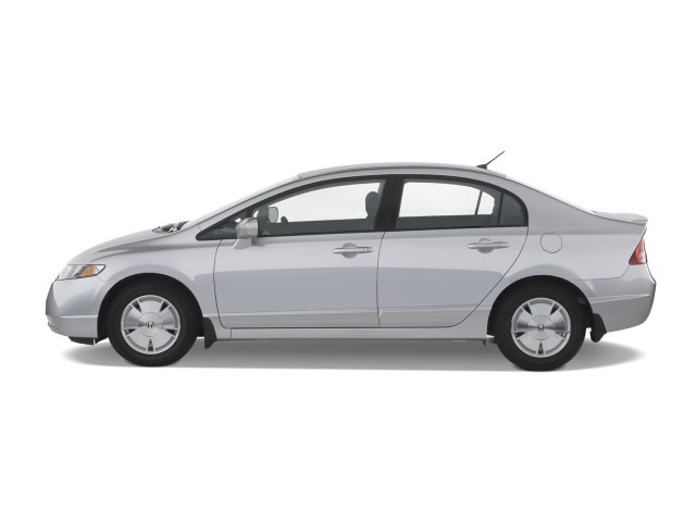 Side Exterior View - 2008 Honda Civic Hybrid 4-door Sedan