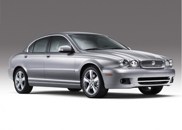 2008 jaguar x type motorauthority 001