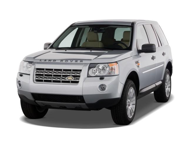 2008 Land Rover LR2 AWD 4-door SE Angular Front Exterior View