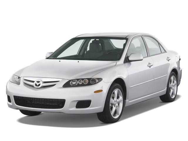 2008 Mazda MAZDA6 4-door Sedan Man i Sport Angular Front Exterior View