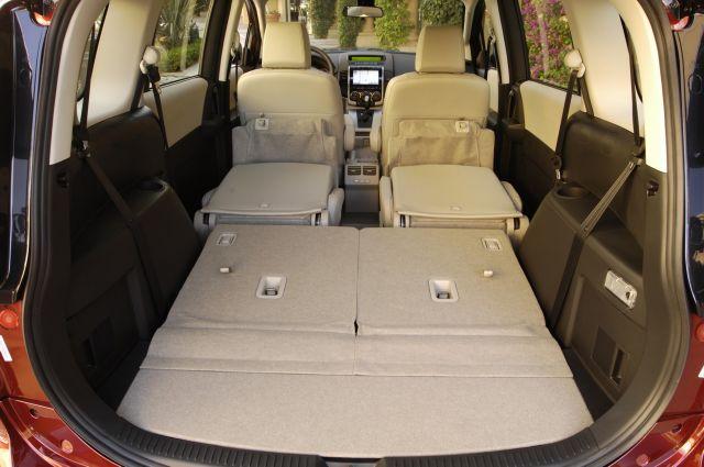 2008 Mazda5 interior