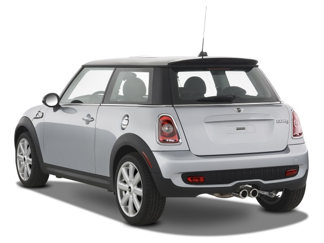 Image 2008 mini cooper hardtop 2 door coupe s angular rear exterior view size 640 x 480 type Mini cooper exterior accessories
