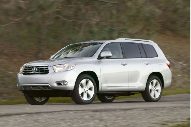 toyota recalling some rav4 highlander models for airbag issue. Black Bedroom Furniture Sets. Home Design Ideas