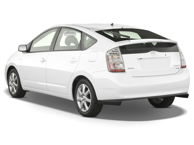 Angular Rear Exterior View - 2008 Toyota Prius 5dr HB Touring (Natl)
