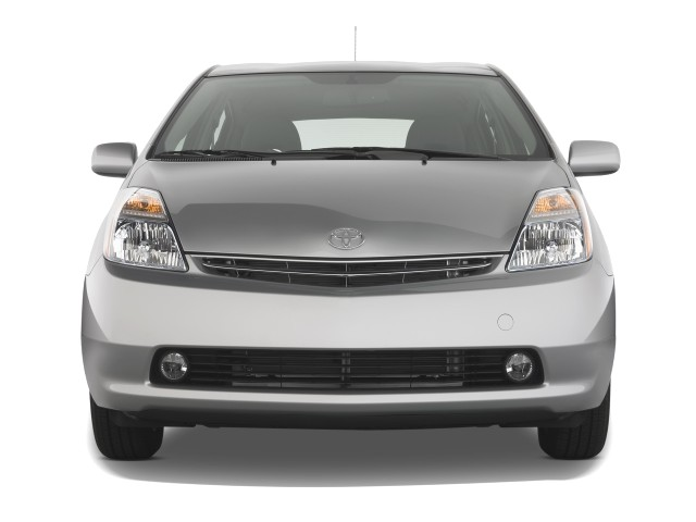 Front Exterior View - 2008 Toyota Prius 5dr HB Base (Natl)