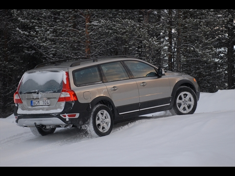2008 Volvo XC70 - winter driving