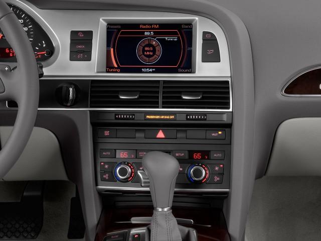 2009 Audi A6 4-door Avant Wagon 3.0L quattro Prestige Instrument Panel