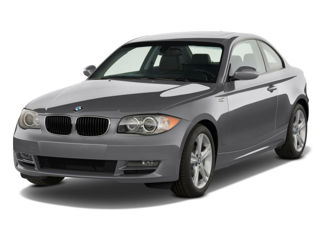 2009 BMW 1-Series 2-door Coupe 128i Angular Front Exterior View