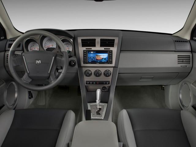 2009-dodge-avenger-4-door-sedan-r-t-ltd-avail-dashboard_100242257_s.jpg