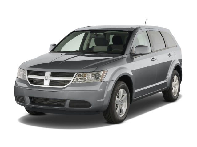 2009 Dodge Journey AWD 4-door SXT Angular Front Exterior View
