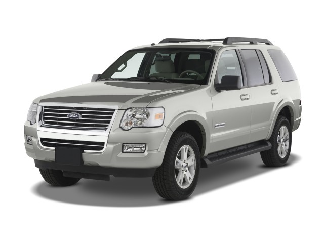 2009 Ford Explorer RWD 4-door V6 XLT Angular Front Exterior View