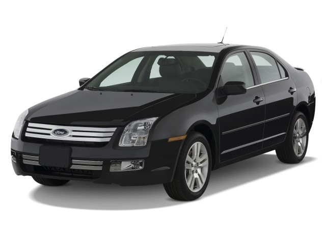2009 Ford Fusion 4-door Sedan V6 SEL FWD Angular Front Exterior View