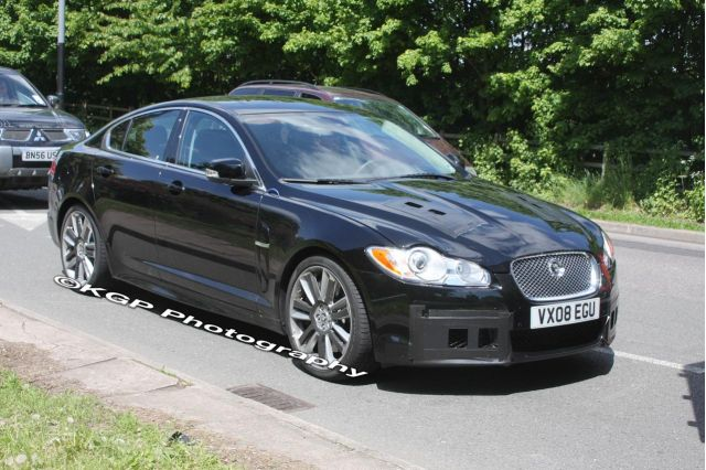 2009 jaguar xf r spied. Black Bedroom Furniture Sets. Home Design Ideas