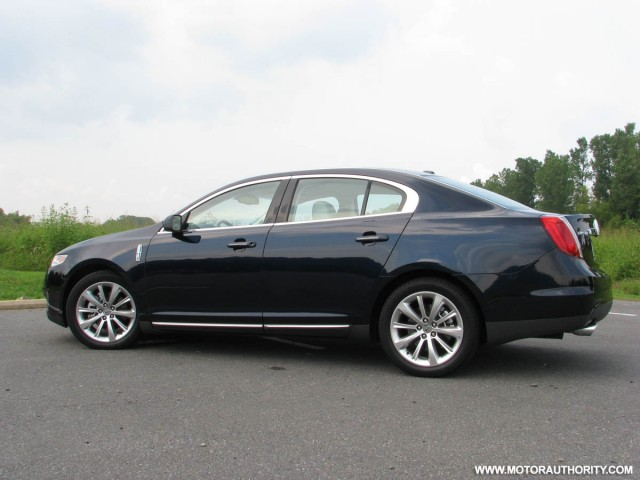 2009 lincoln mks review motorauthority 010