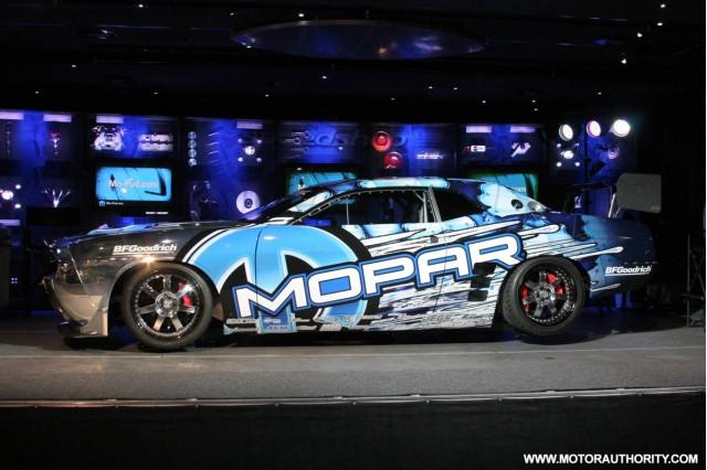 2009 mopar drift dodge challenger 001 1