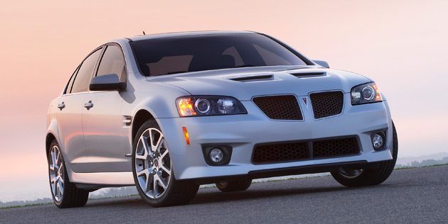 2014 chevy ss vs 2009 pontiac g8 gxp here 39 s what 39 s different. Black Bedroom Furniture Sets. Home Design Ideas