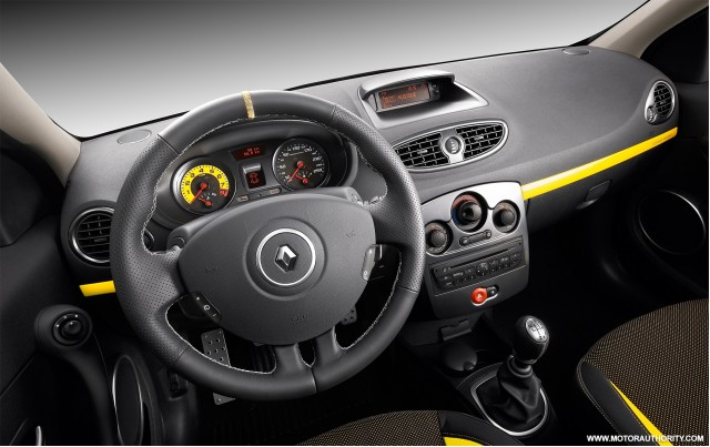 2009 renault clio rs 006