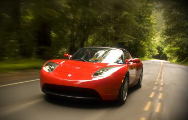 2009 Tesla Roadster Photo Credit: Rex Roy