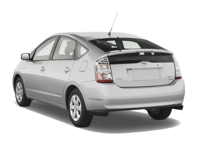 2009-toyota-prius-5dr-hb-natl-angular-rear-exterior-view_100252907_s.jpg