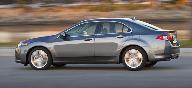 For 2010 the Acura TSX gets the same 3.5L V6 from the TL and RL and is rated at 280hp (209kW)