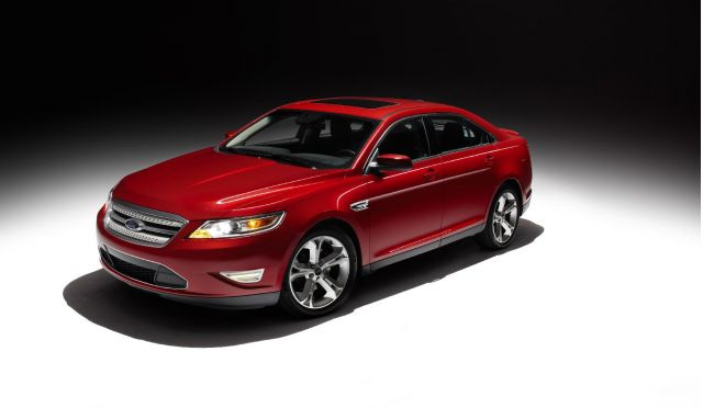 The 2010 Ford Taurus SHO uses the new 3.5-liter EcoBoost V6, which pairs gasoline direct injection with twin turbochargers to generate an estimated 365 horsepower.