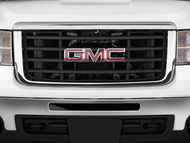Grille - 2010 GMC Sierra 2500HD 2WD Ext Cab 143.5