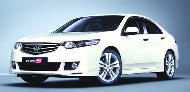 The gasoline Honda Accord Euro Type S picks up the 201 horsepower 2.4-liter engine from the regular Accord