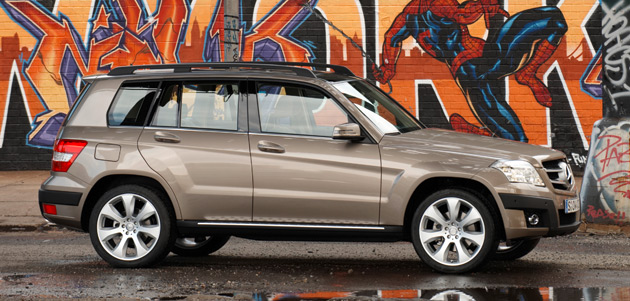 U.S. versions of the Mercedes GLK will feature a 268hp (200kw) 3.5L V6 engine and will start at $33,900