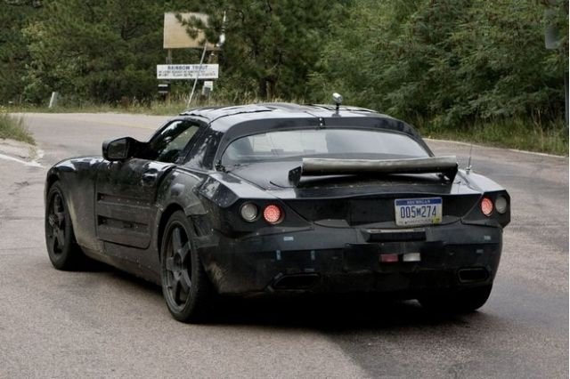 2010 Mercedes-Benz SLS Spy Shot