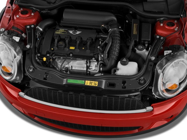 Engine - 2010 MINI Cooper Hardtop 2-door Coupe S