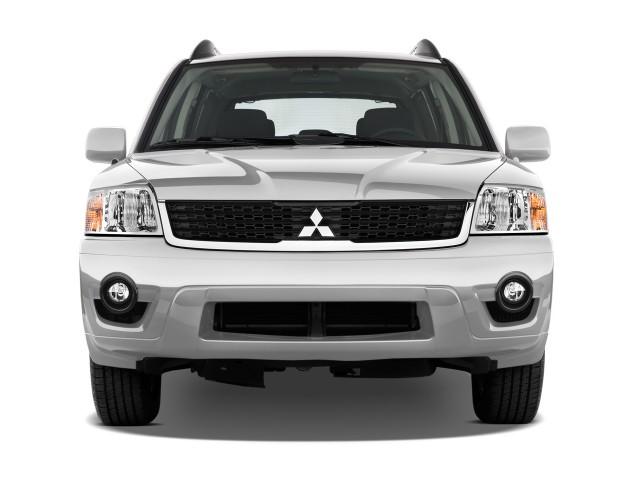 2010 Mitsubishi Endeavor FWD 4-door LS Front Exterior View