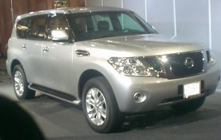 2010 nissan patrol suv spy shots december 001