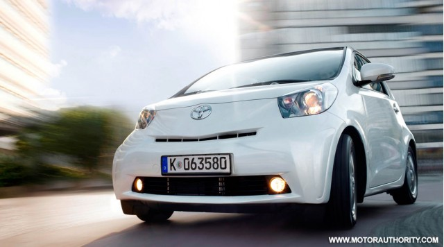 2010 toyota iq motorauthority 001