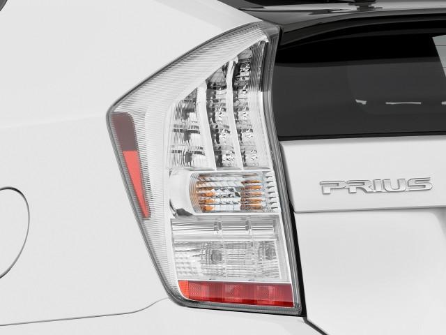 Tail Light - 2010 Toyota Prius 5dr HB II (Natl)