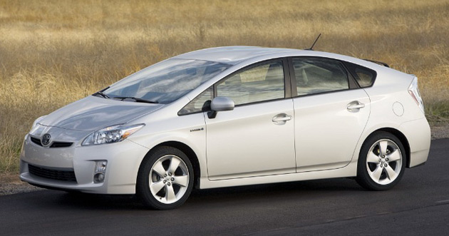 Toyota's third-generation Prius has a combined-cycle fuel-economy of 50mpg (4.7L/100km)