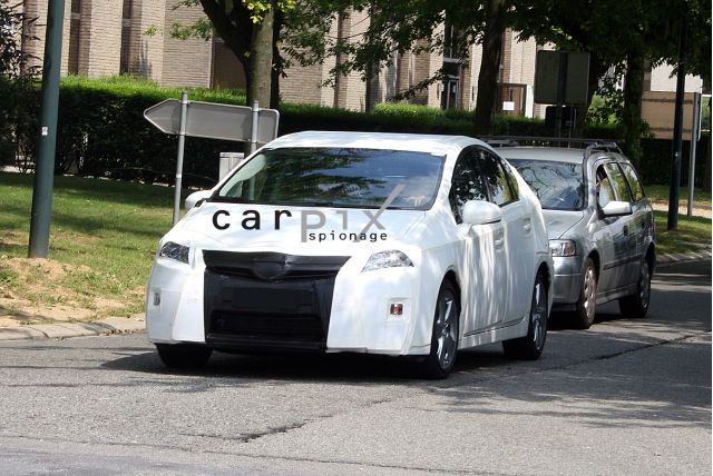 2010 Toyota Prius spy shots