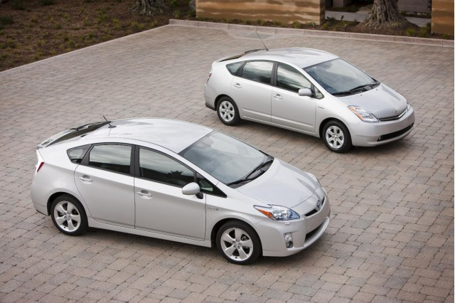 2010 Toyota Prius with 2009 model--can you spot the differences?