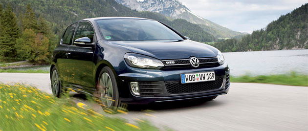 The GTD offers fuel economy of 44mpg (5.3L/100km) yet can comfortably reach a top speed of 222km/h