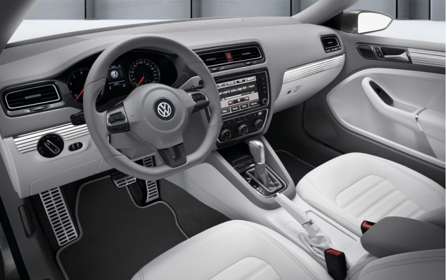 2010 Volkswagen New Compact Coupe Concept (2011 Volkswagen Jetta Coupe)