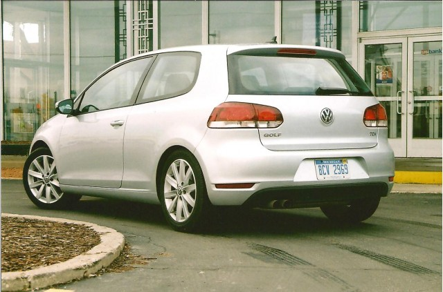 2010 VW Golf:  Fill'er Up!