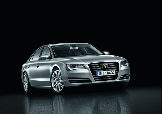 2013 audi a8 gets 3 0 liter gas and diesel options in u s. Black Bedroom Furniture Sets. Home Design Ideas