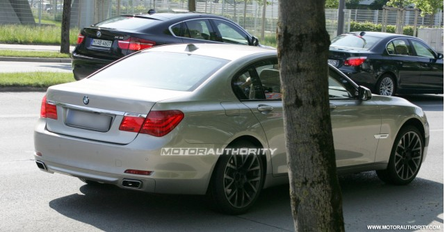 2011 bmw m7 7 series spy shots june 007
