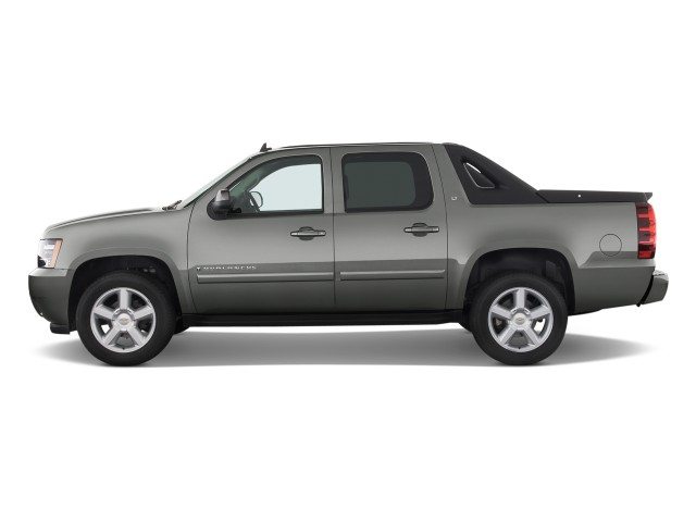 "2011 Chevrolet Avalanche 2WD Crew Cab 130"" LS Side Exterior View"