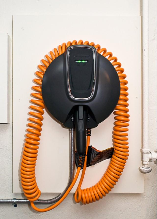 2011 Chevrolet Volt 240V charging station