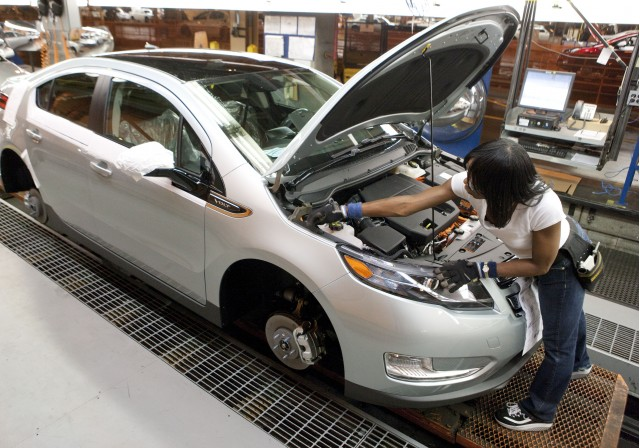 2011 Chevrolet Volt Production Line